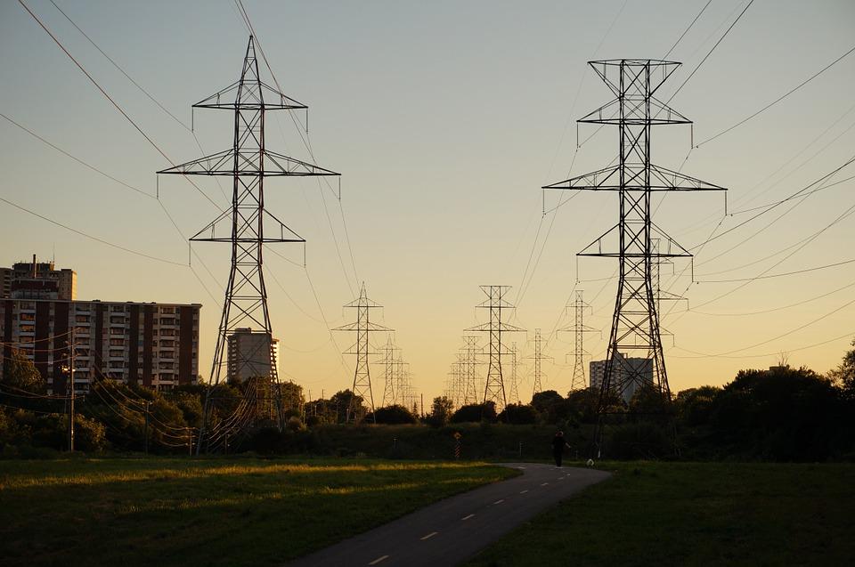 Menos Demanda Pero Mayor Retribución Al Transporte Y Distribución De Electricidad